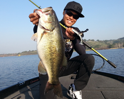 Tackletour interview with oliver ngy of big bass dreams for Puddingstone lake fishing